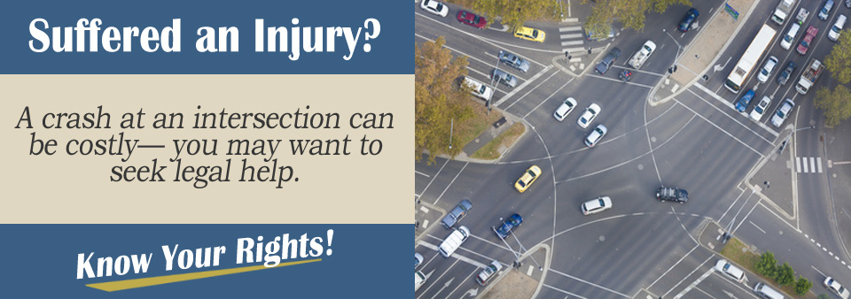 Auto Accident Scenario Tips - Who is at Fault in a Intersection Auto Accident?